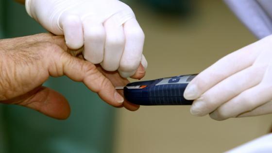 - diabetesTest - Control de nivel de glucosa en la sangre